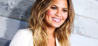 Chrissy Teigen speaks back on Twitter against social media trolls